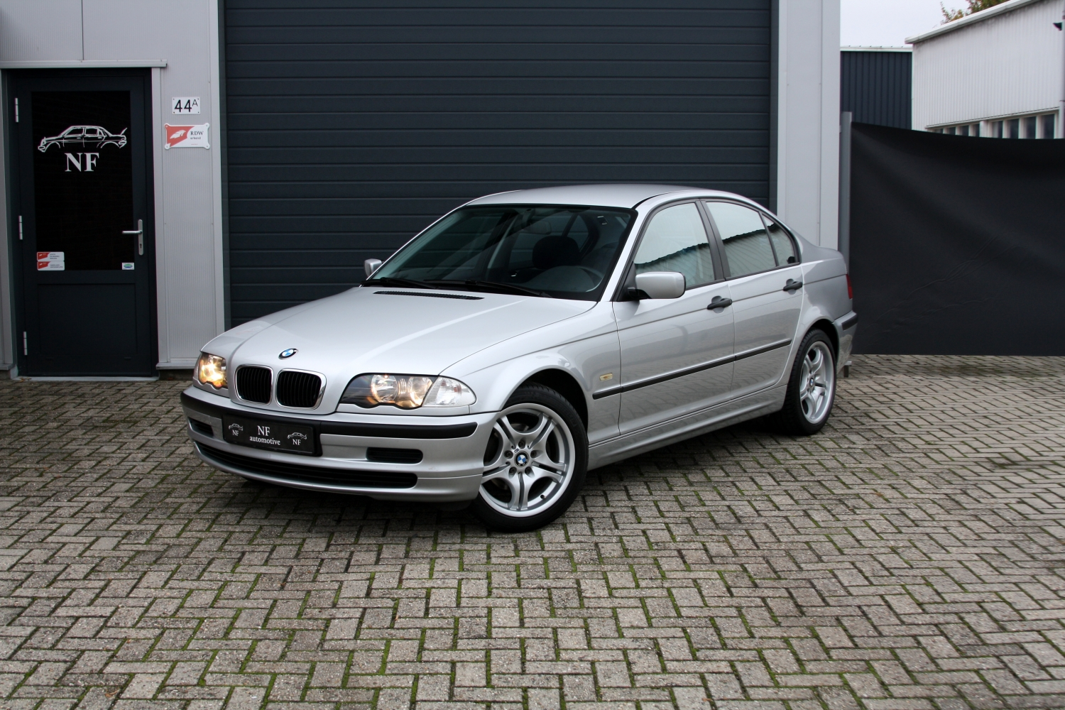 bmw 316i e46 sedan 1st owner excellent condition. Black Bedroom Furniture Sets. Home Design Ideas