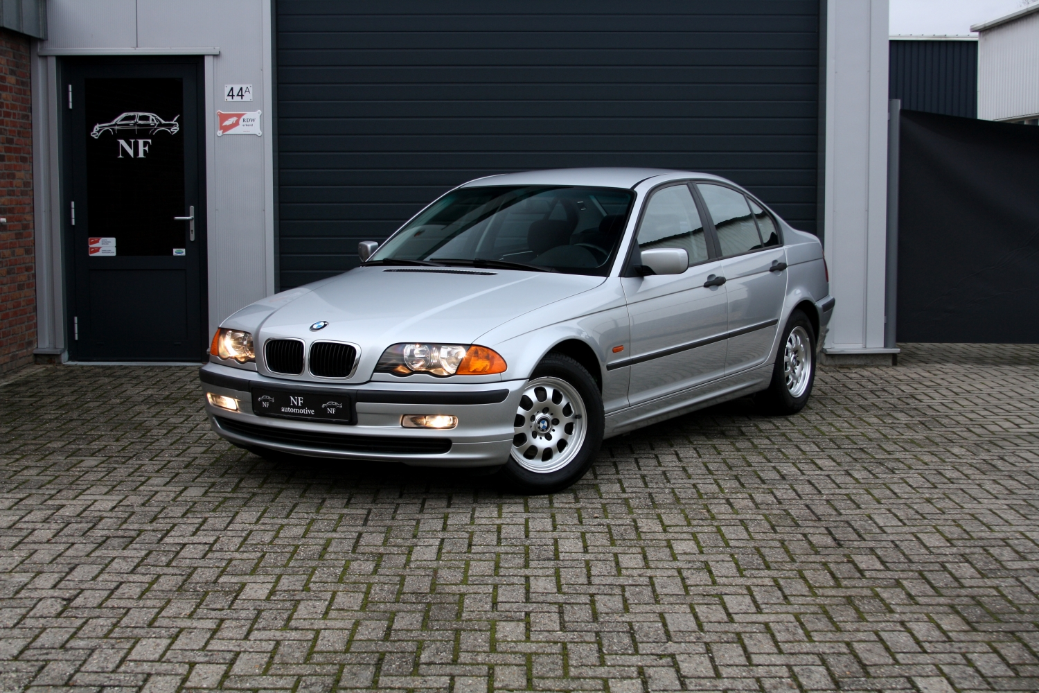 Bmw 318i E46 Sedan 2nd Owner Bmw Maintained Kopen Bij Nf Automotive