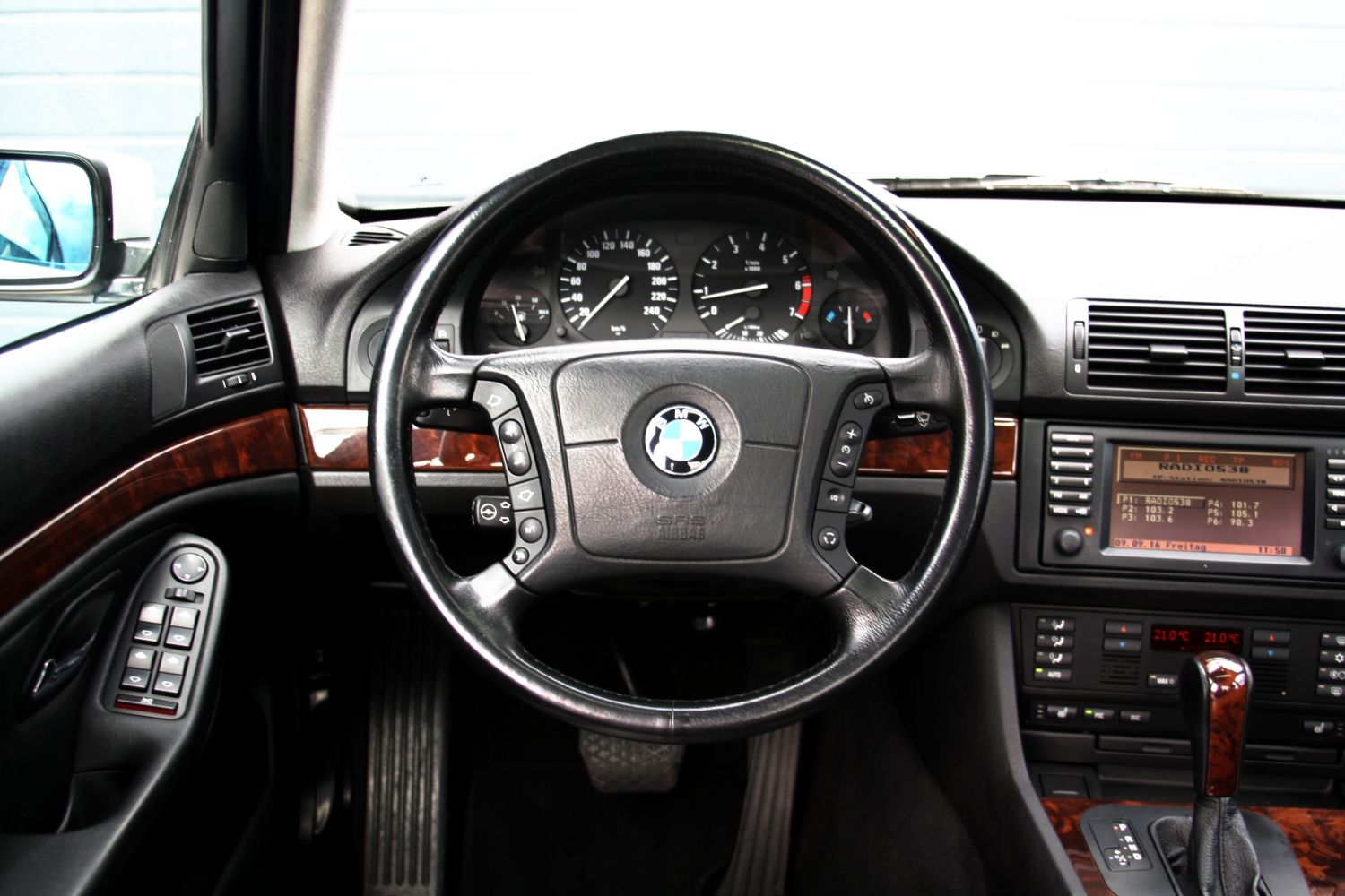 bmw e39 540i interior. Black Bedroom Furniture Sets. Home Design Ideas