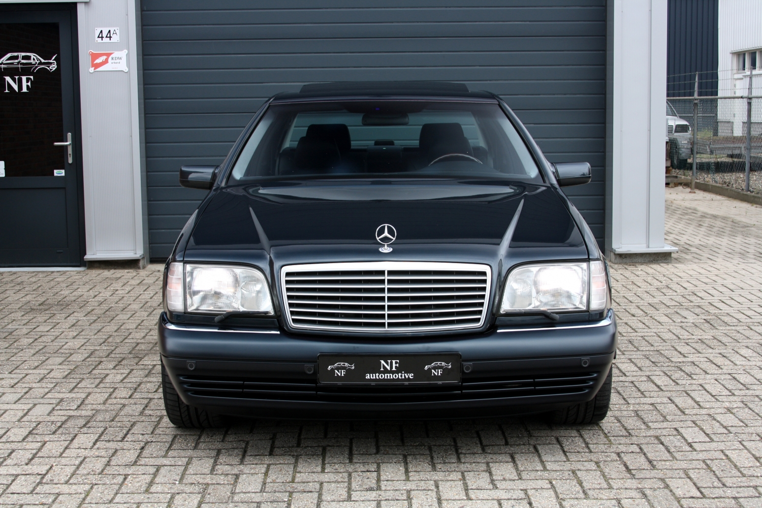Mercedes W140 Titivation Page 1 Readers Cars