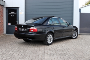 NF Automotive BMW-530i-Sedan-E39-2001-NJ640P-010.JPG